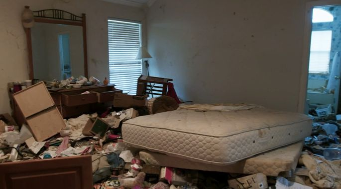 This bedroom was a catastrophe when Jo and Chip found it!